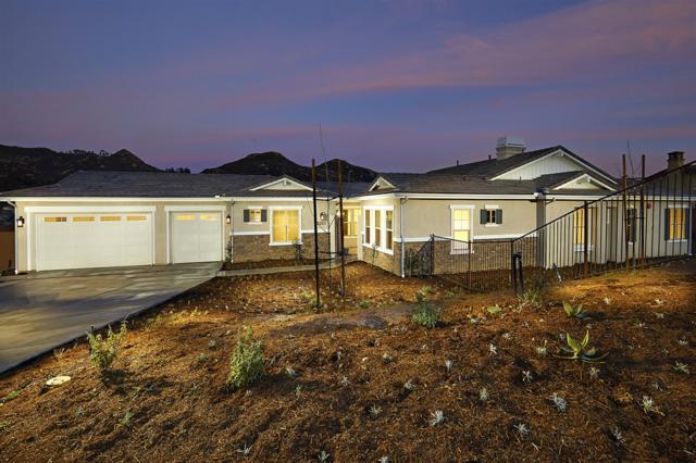 15257 Sage Highlands Ct., Poway, CA 92064 (#180008458) :: Neuman & Neuman Real Estate Inc.