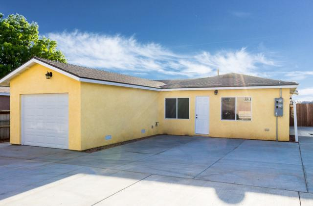 310 E 18TH ST, National City, CA 91950 (#180008594) :: The Yarbrough Group