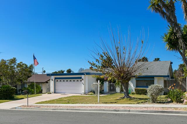 736 Granada Dr, Vista, CA 92083 (#180009060) :: Jacobo Realty Group