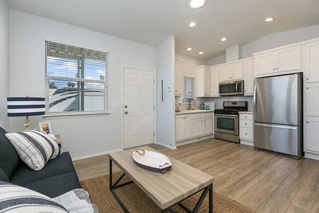 699 N Vulcan Avenue #50, Encinitas, CA 92024 (#180009136) :: Coldwell Banker Residential Brokerage