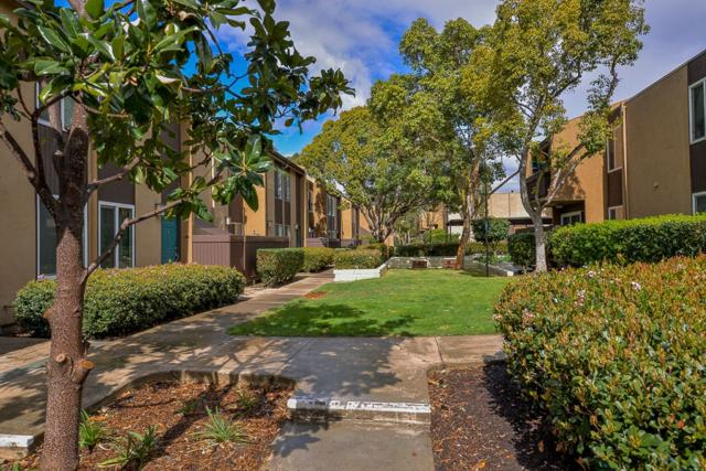3454 Castle Glen Dr #127, San Diego, CA 92123 (#180009373) :: Whissel Realty