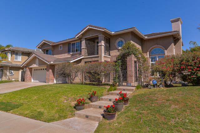 525 Plaza Del Cid, Chula Vista, CA 91910 (#180009460) :: Neuman & Neuman Real Estate Inc.