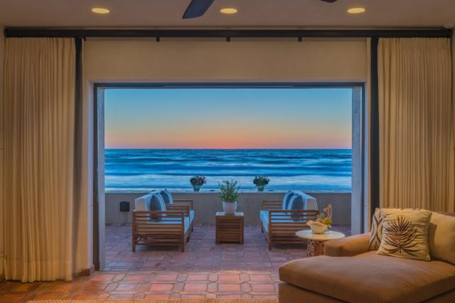 2614 Ocean Front Street, Del Mar, CA 92014 (#180010086) :: The Yarbrough Group