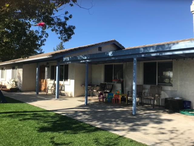13484 Hilldale Rd, Valley Center, CA 92082 (#180011222) :: Whissel Realty