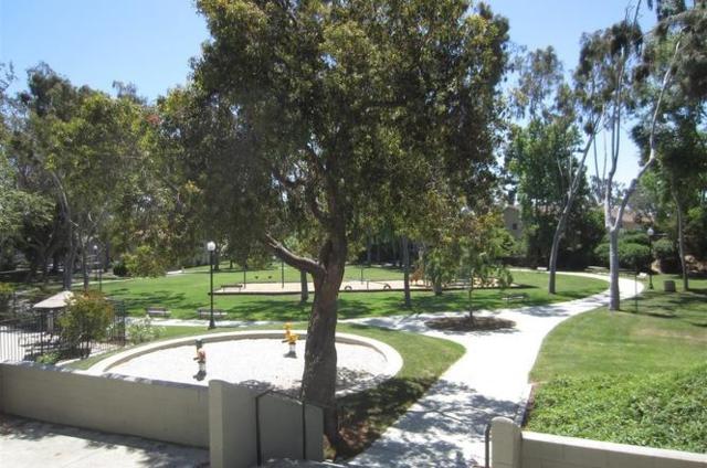 7851 Camino Kiosco, San Diego, CA 92122 (#180011985) :: The Houston Team | Coastal Premier Properties