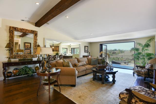 5742 Loma Verde Dr, Rancho Santa Fe, CA 92067 (#180012762) :: The Houston Team | Coastal Premier Properties