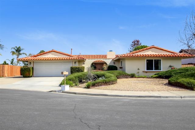 7626 Cortina Court, Carlsbad, CA 92009 (#180012836) :: The Houston Team | Coastal Premier Properties