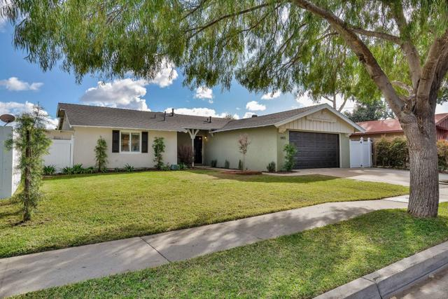 8455 Lake Ben Ave, San Diego, CA 92119 (#180014018) :: The Yarbrough Group