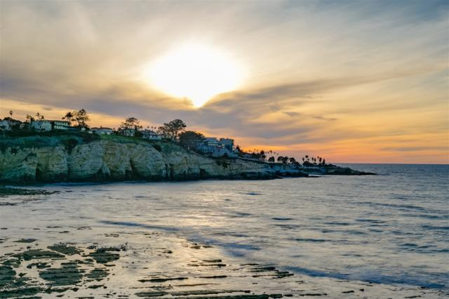 1828 Spindrift Drive, La Jolla, CA 92037 (#180014974) :: The Yarbrough Group