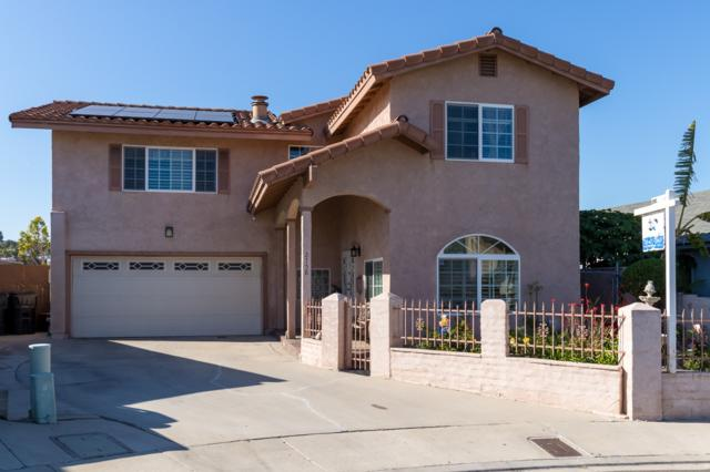 2758 Aristotle Dr, San Diego, CA 92139 (#180016237) :: Whissel Realty