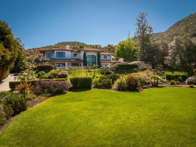 9207 Cedar Trails Lane, Valley Center, CA 92082 (#180016774) :: Keller Williams - Triolo Realty Group