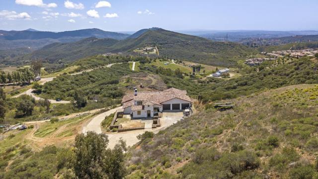 2050 Golden Eagle Trl, San Marcos, CA 92078 (#180019154) :: Neuman & Neuman Real Estate Inc.