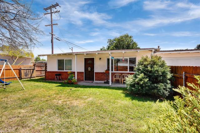 9247 Prospect Ave, Santee, CA 92071 (#180019921) :: Whissel Realty