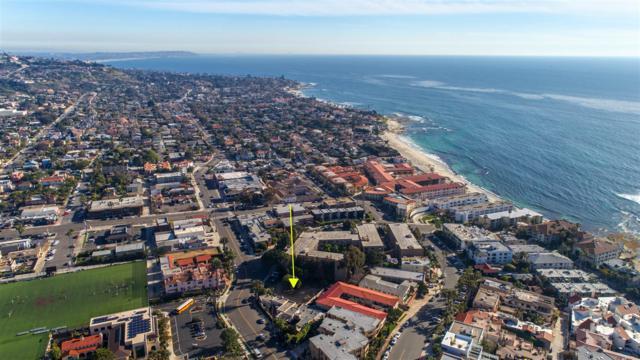 7570 La Jolla Blvd, La Jolla, CA 92037 (#180020126) :: Ascent Real Estate, Inc.