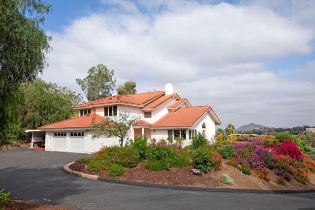2219 Greenfield Dr, El Cajon, CA 92019 (#180020286) :: Heller The Home Seller