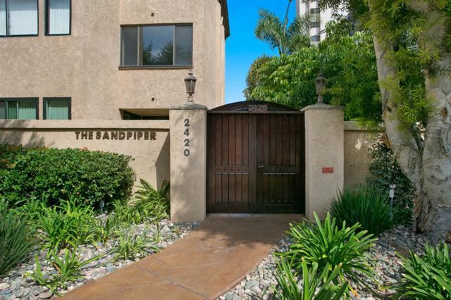 2420 Torrey Pines Road A302, La Jolla, CA 92037 (#180020386) :: Ghio Panissidi & Associates