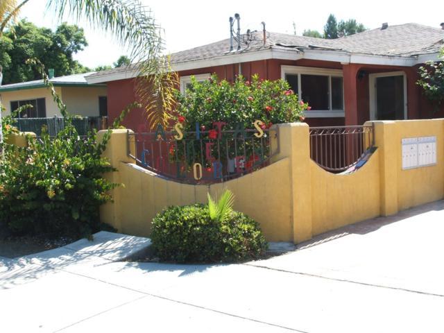 220 W Calle Primera, San Ysidro, CA 92173 (#180020716) :: Neuman & Neuman Real Estate Inc.