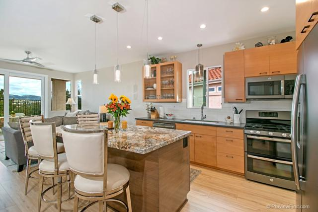 2412 Links Way, Vista, CA 92081 (#180020782) :: Whissel Realty