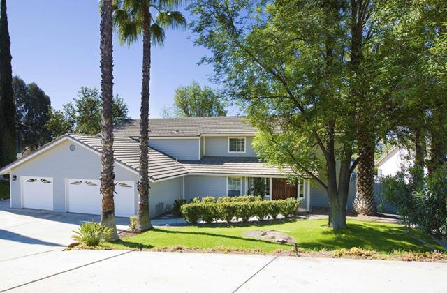 24025 Gymkhana Rd, Ramona, CA 92065 (#180020883) :: Neuman & Neuman Real Estate Inc.