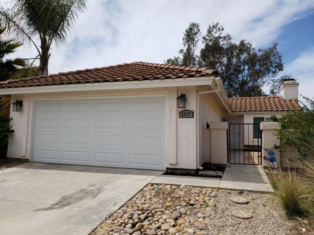 2337 Fair Oak Ct, Escondido, CA 92026 (#180021018) :: Impact Real Estate