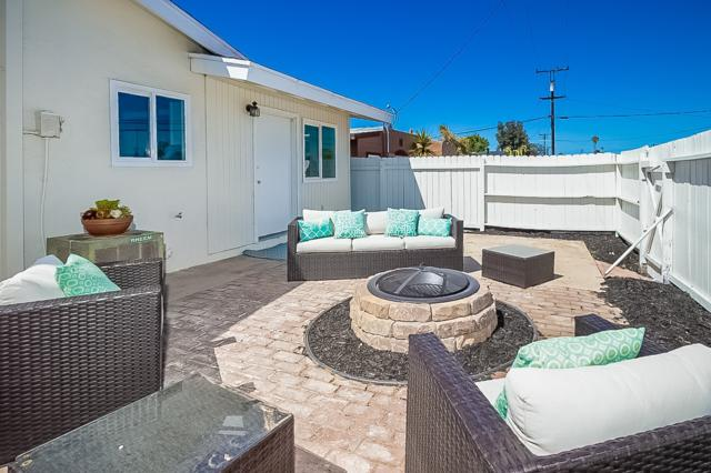 552 Emory, Imperial Beach, CA 91932 (#180021122) :: Keller Williams - Triolo Realty Group