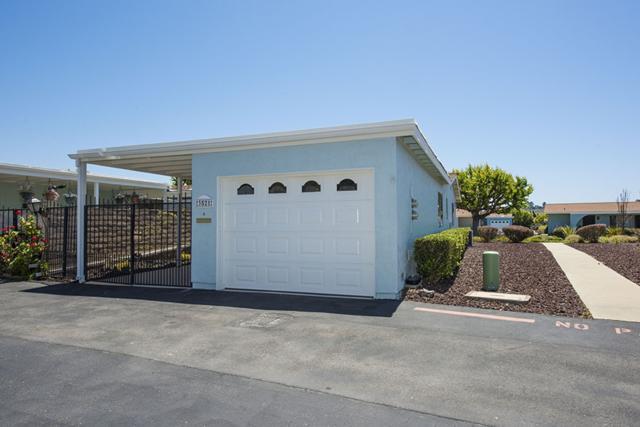 3521 Pear Blossom Avenue, Oceanside, CA 92057 (#180023474) :: Heller The Home Seller