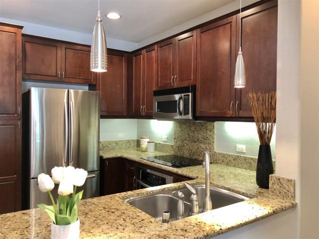 3877 Pell Place #108, San Diego, CA 92130 (#180024051) :: The Houston Team | Coastal Premier Properties