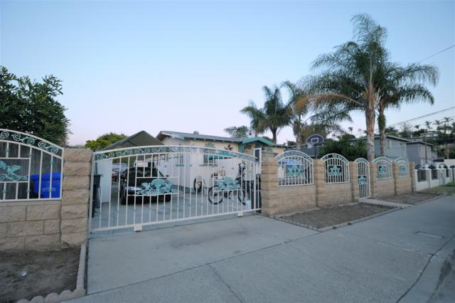 2027 S 42Nd St, San Diego, CA 92113 (#180024247) :: Keller Williams - Triolo Realty Group