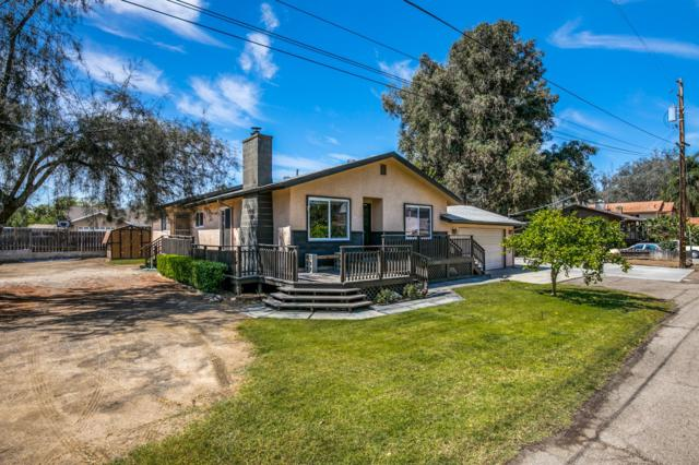 9476 Los Coches Rd, Lakeside, CA 92040 (#180024562) :: Kim Meeker Realty Group