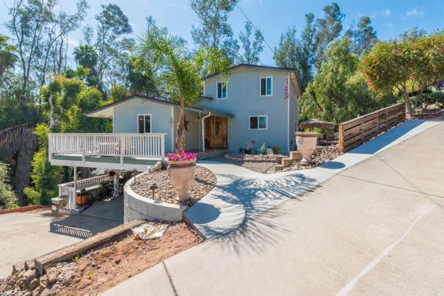 8721 Los Coches Rd, Lakeside, CA 92040 (#180024765) :: Beachside Realty