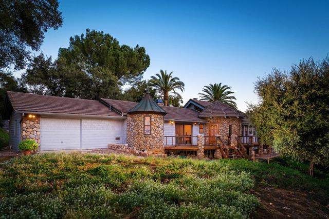 432 Arnold Way, Alpine, CA 91901 (#180025390) :: Whissel Realty