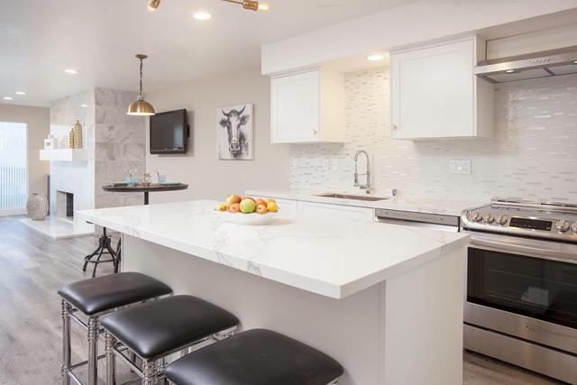 1913 Alga Rd A, Carlsbad, CA 92009 (#180025541) :: The Houston Team | Coastal Premier Properties