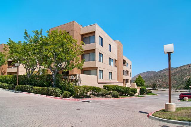 7227 Navajo Road #203, San Diego, CA 92119 (#180025911) :: Heller The Home Seller