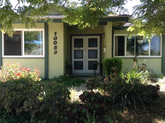 10053 Lake Canyon Ct., Santee, CA 92071 (#180026363) :: Heller The Home Seller