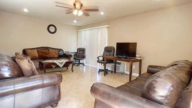 533 E Madison Ave #101, El Cajon, CA 92020 (#180026883) :: Neuman & Neuman Real Estate Inc.