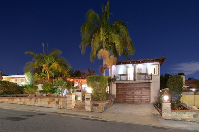 4247 Huerfano, San Diego, CA 92117 (#180027118) :: Neuman & Neuman Real Estate Inc.