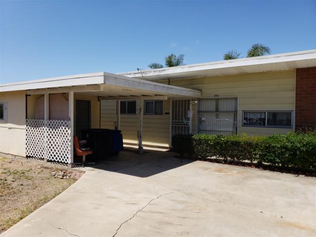 992 Helix Ave, Chula Vista, CA 91911 (#180027198) :: Kim Meeker Realty Group