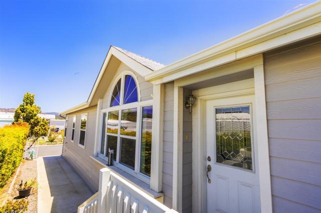 15420 Olde Highway 80 Spc 105, El Cajon, CA 92021 (#180027202) :: The Yarbrough Group