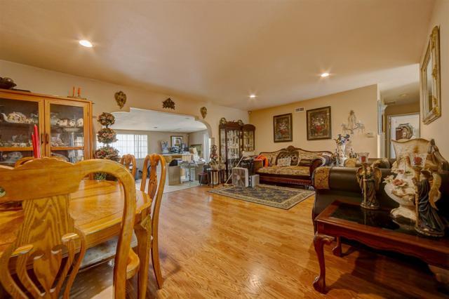 1407 Monserate Ave, Chula Vista, CA 91911 (#180027824) :: Keller Williams - Triolo Realty Group