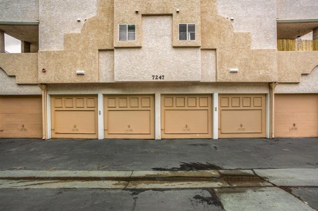 7247 Camino Degrazia #49 #49, San Diego, CA 92111 (#180028004) :: The Houston Team | Coastal Premier Properties