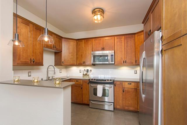 3819 1st Avenue #209, San Diego, CA 92103 (#180028091) :: PacifiCal Realty Group