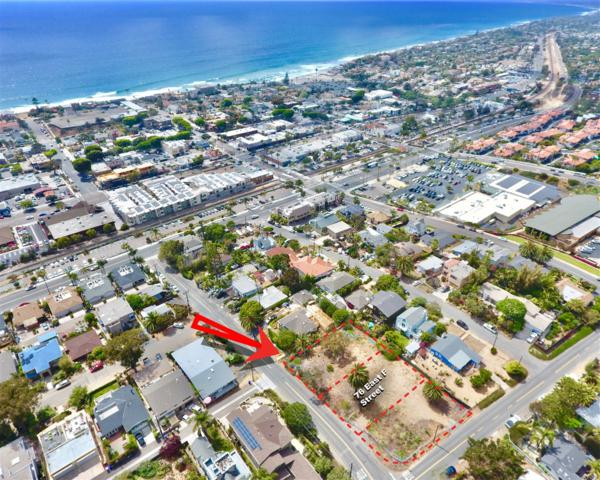 76 East F Street #20, Encinitas, CA 92024 (#180028455) :: Neuman & Neuman Real Estate Inc.