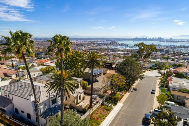 3332 Hill Street, San Diego, CA 92106 (#180029461) :: Jacobo Realty Group