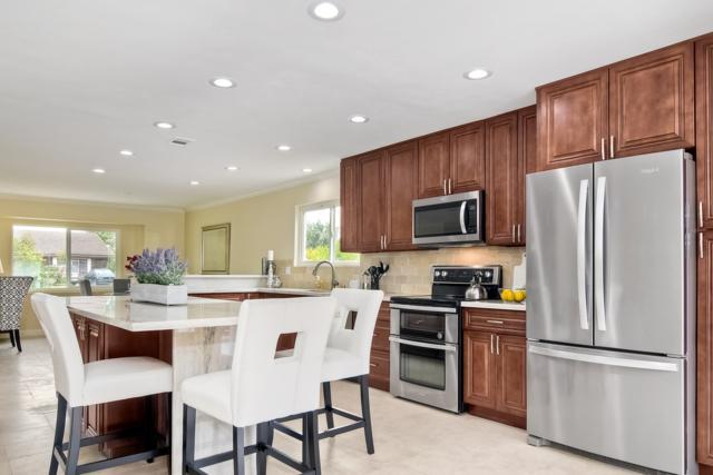 28230 Red Stone Lane, Escondido, CA 92026 (#180029782) :: Neuman & Neuman Real Estate Inc.