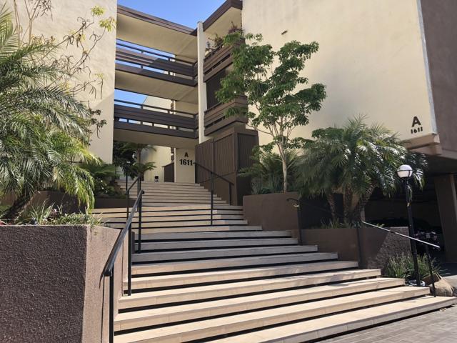 1611 Hotel Cir S A107, San Diego, CA 92108 (#180029792) :: The Houston Team | Compass