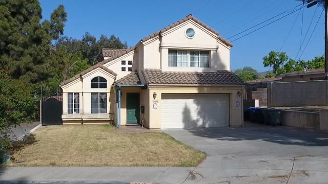 8647 Shannonbrook Ct, Lemon Grove, CA 91945 (#180030428) :: KRC Realty Services