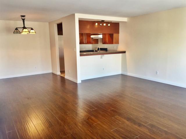 2348 La Costa Avenue #204, Carlsbad, CA 92009 (#180030523) :: Bob Kelly Team