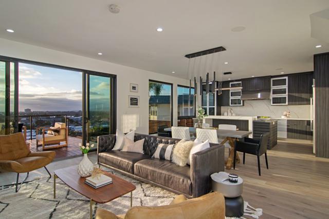2852 Nipoma St, San Diego, CA 92106 (#180030720) :: Neuman & Neuman Real Estate Inc.