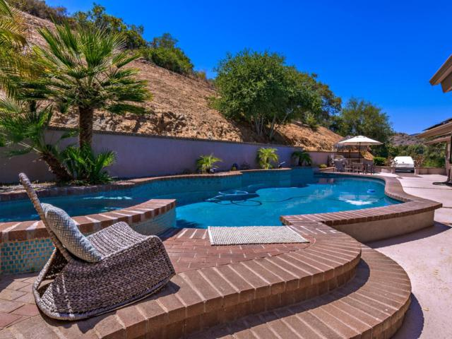 1951 Tecalote Dr, Fallbrook, CA 92028 (#180030952) :: Neuman & Neuman Real Estate Inc.
