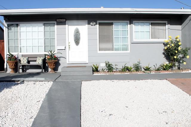 2631 Balsa St, San Diego, CA 92105 (#180031681) :: Ascent Real Estate, Inc.
